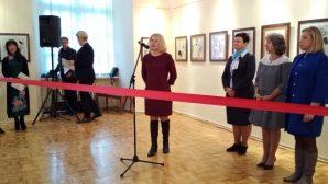 Выставки белорусских и китайских художников открылись в Пинске
