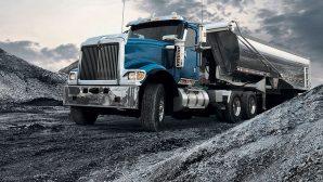 """В 2017 году в Беларуси стало больше грузовых перевозок, но """"просели"""" пассажирские"""