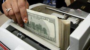 """В Минске кассир банка """"переплатила"""" тысячу рублей клиенту - мужчину разыскивают"""