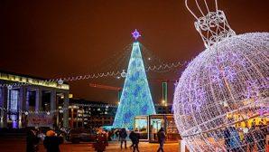Тысячи белорусов встречали Новый год на улицах городов