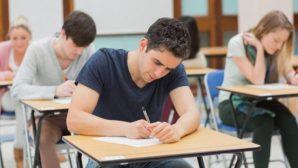 Минобразования определило даты проведения выпускных экзаменов в 9 и 11 классах