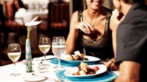 Американские ученые: Треть женщин ходит на свидания ради возможности бесплатно поесть