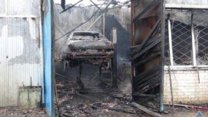 Пожар на минском СТО привел к уничтожению имущества и транспортного средства