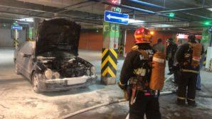 В Минске на парковке произошло возгорание транспортного средства
