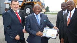 Африканский министр стал водителем БЕЛАЗа