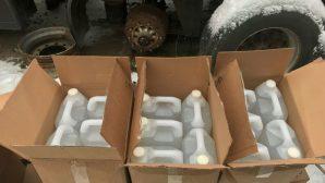 В Минске задержали мужчину, продававшего контрабандные водку и коньяк канистрами