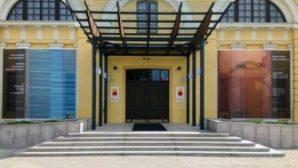 Передвижная выставка с работами 7 художников открывается в Центре современного искусства