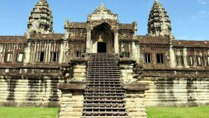Ученые: храм Ангкор-Ват в Камбодже построили боги