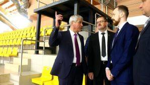 Глава Палаты представителей Нацсобрания РБ Владимир Андрейченко посетил Ледовый дворец в Новополоцке
