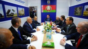 Главы ВПК Беларуси и Азербайджана обсудили военно-техническое сотрудничество